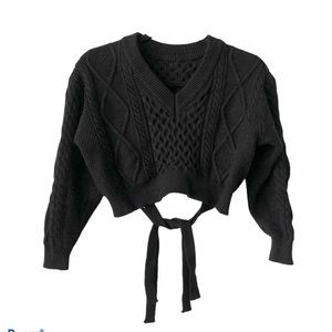 Chunky Crop V-neck Soft Sweater with back ties Sm